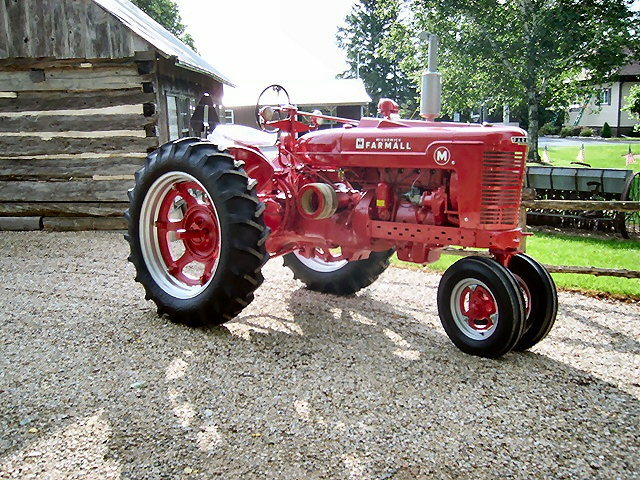 Ford 901 Powermaster Tractor : Treml repair and implement restoration page